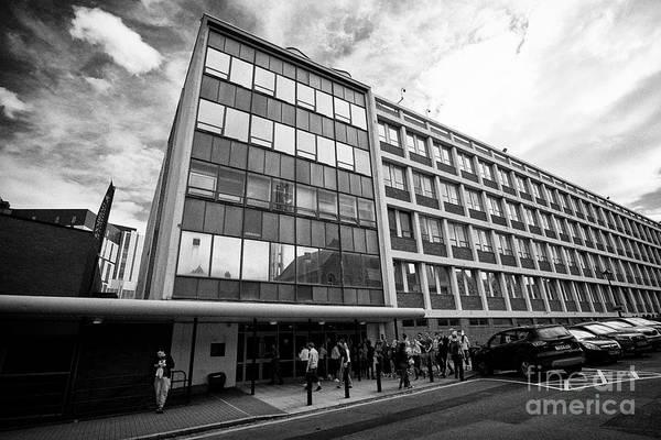 Wall Art - Photograph - The Sherrington Building New Medical School University Of Liverpool Liverpool Merseyside England Uk by Joe Fox