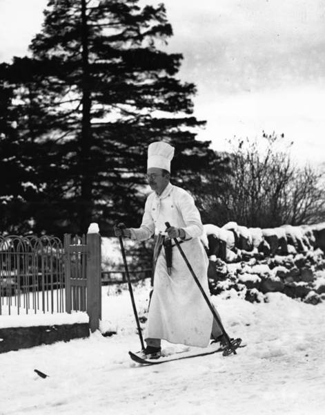 Braemar Photograph - The Skiing Chef by Fox Photos