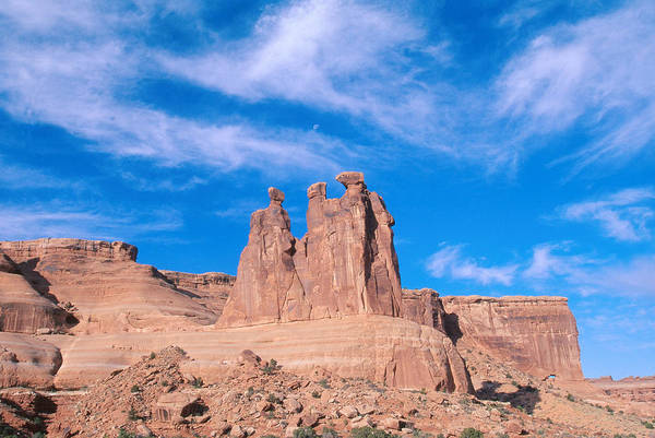 Wall Art - Photograph - The Three Gossips, Arches National Park by David Hosking