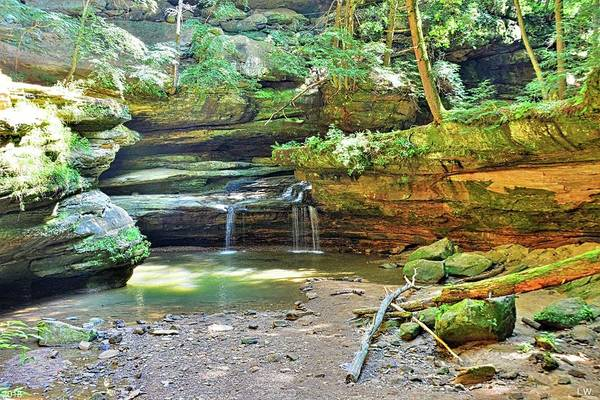 Photograph - The Waterfall In Old Man's Cave Hocking Hills Ohio by Lisa Wooten