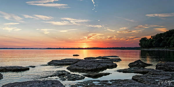 Great Lakes Region Wall Art - Photograph - Thunder Bay Sunset by Phill Doherty