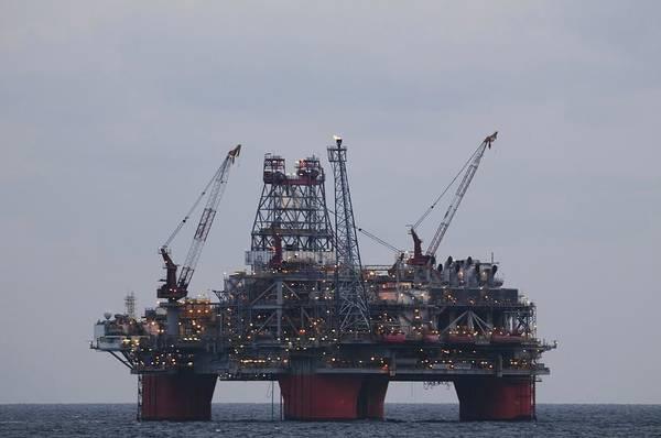 Photograph - Thunderhorse Pdq Oil Platform by Bradford Martin