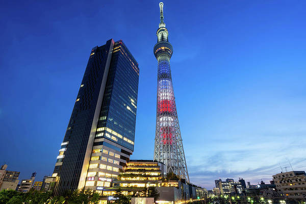 Science Fiction Wall Art - Photograph - Tokyo Skytree by Takayuki Nakashima