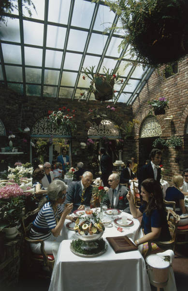 Lilly Pulitzer Photograph - Top Lunch by Slim Aarons
