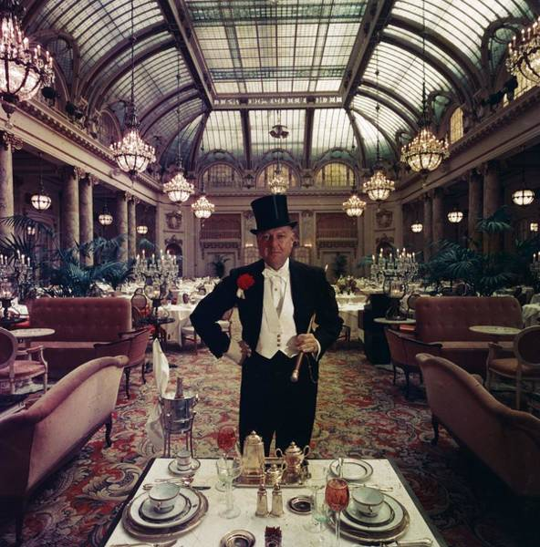 Hat Photograph - Top Peoples Eatery by Slim Aarons