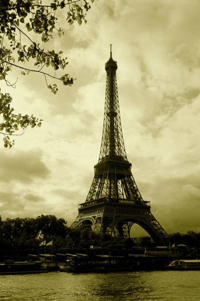 Wall Art - Photograph - Tower At The Riverside, Eiffel Tower by Panoramic Images