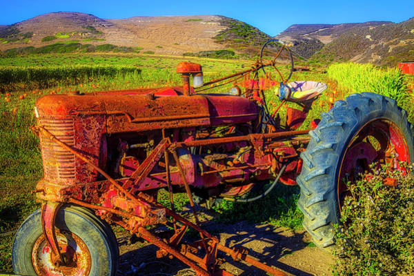 Traction Photograph - Tractor In Pumpkin Field by Garry Gay