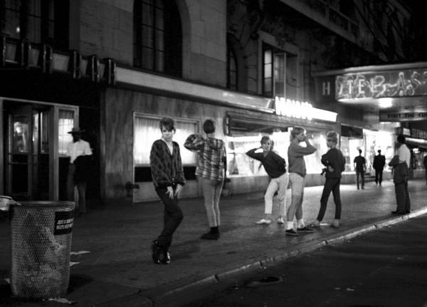 Wall Art - Photograph - Transvestites In Times Square by I C Rapoport