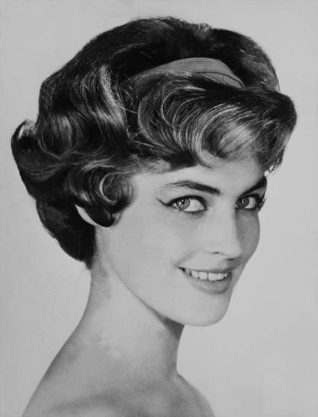 Hairstyle Photograph - Trends In Hairstyle On September 1958 by Keystone-france