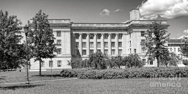 Wall Art - Photograph - Trenton State House Annex by Olivier Le Queinec
