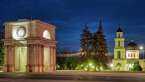 Photograph - Triumphal Arch by Fabrizio Troiani