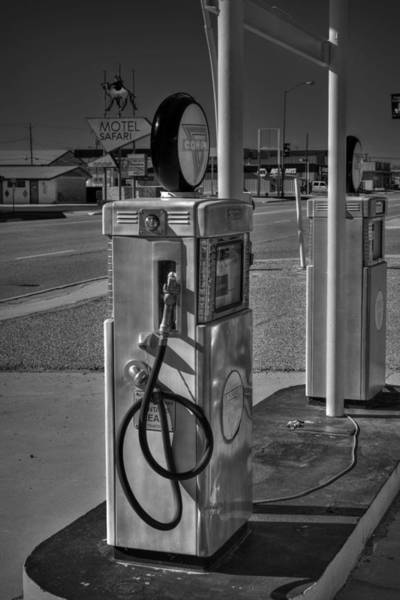Photograph - Tucumcari - Vintage Conoco Gas Station 001 Bw by Lance Vaughn