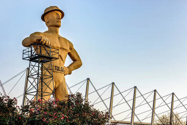 Photograph - Tulsa Golden Driller At Sunrise by Gregory Ballos