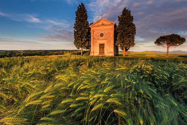 Photograph - Tuscany Chapel by Evgeni Dinev