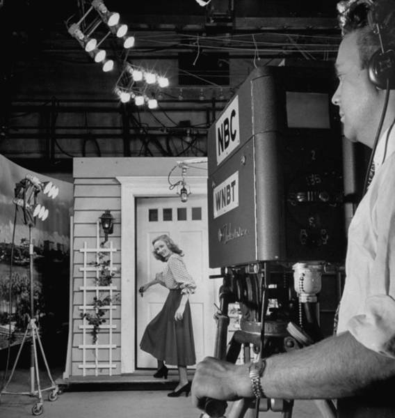 Wall Art - Photograph - Tv Camera Viewfinder Upper-r Showing W by Andreas Feininger