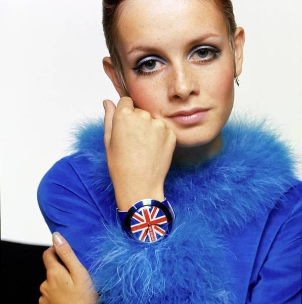 Watch Drawing - Twiggy In Blue With Union Jack Watch by Bert Stern
