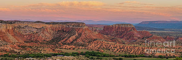 Photograph - Twilight Glow On Ghost Ranch Mesas - Abiquiu Rio Arriba County New Mexico Land Of Enchantment by Silvio Ligutti