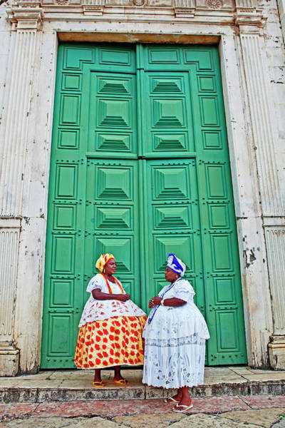 Wall Art - Photograph - Two Female Street Buskers In by John W Banagan
