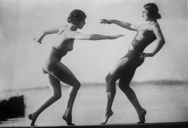 Reach Wall Art - Photograph - Two Nudes by General Photographic Agency