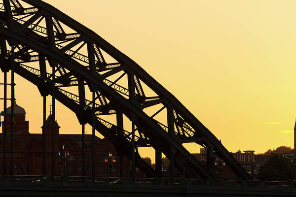 Newcastle Upon Tyne Photograph - Tyne Bridge At Sunset, Newcastle by P A Thompson