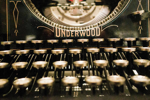 Photograph - Underwood Typewriter by SR Green