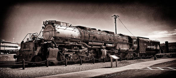 Wall Art - Photograph - Union Pacific Big Boy Profile by Paul W Faust - Impressions of Light