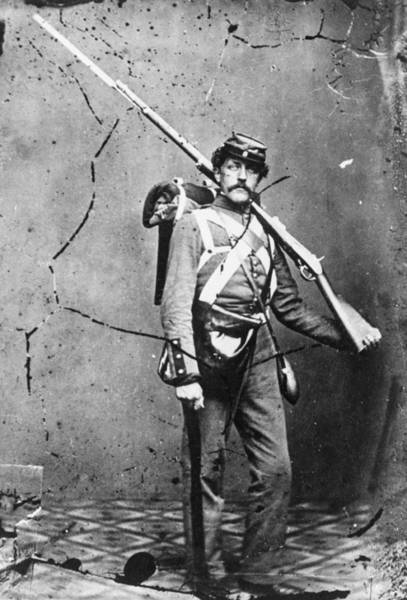 Rifle Photograph - Union Soldier by Hulton Archive