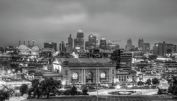 Wall Art - Photograph - Union Station Sunrise 2 B W Kansas City Missouri Art  by Reid Callaway