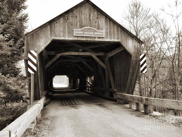 Union Village Covered Bridge Art Print