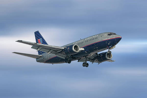 Wall Art - Mixed Media - United Airlines Boeing 737-522 by Smart Aviation