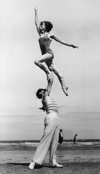 Carefree Photograph - Up, Up And Away by Archive Photos