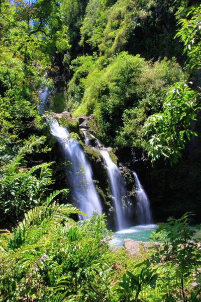 Photograph - Upper Waikani Falls, Vertical by Dawn Richards