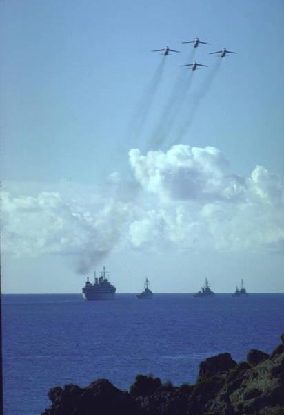 Usa Navy Photograph - Us Navy Blockage Of Cuba Ships Pulling by Robert W. Kelley