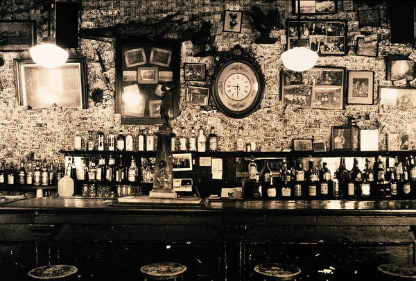 Bar Counter Photograph - Usa, Louisiana, New Orleans, Interior by Lorentz Gullachsen