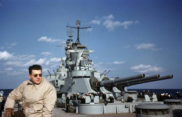 Battle Of The Atlantic Wall Art - Photograph - Uss Iowa by Michael Ochs Archives