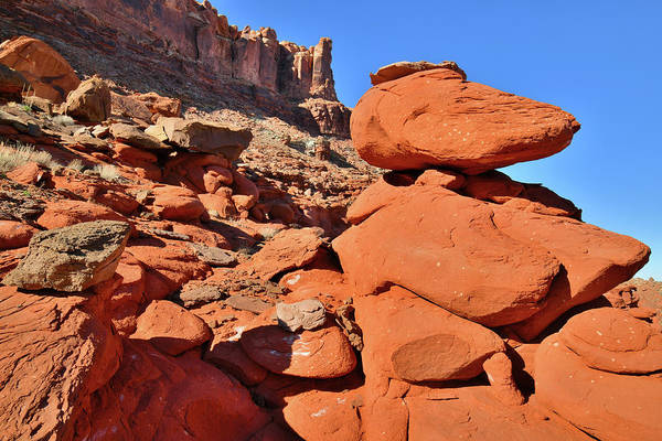 Photograph - Utah's Red Boulders Along Highway 191 Near Moab by Ray Mathis