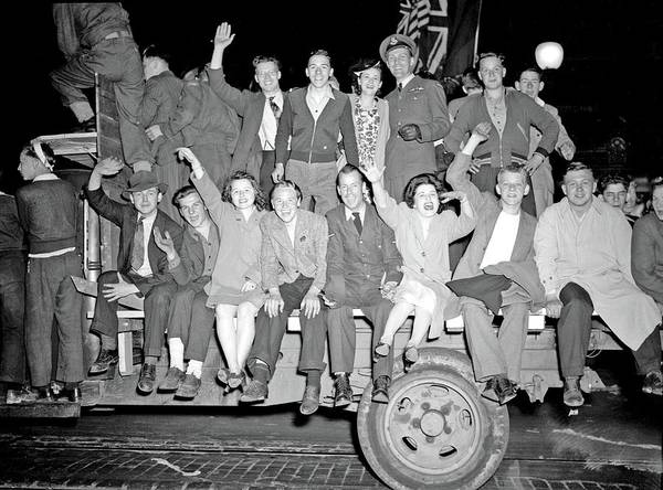 Painting - V-e Day Celebration, May 7, 1945 V-e Day In Vancouver by Celestial Images