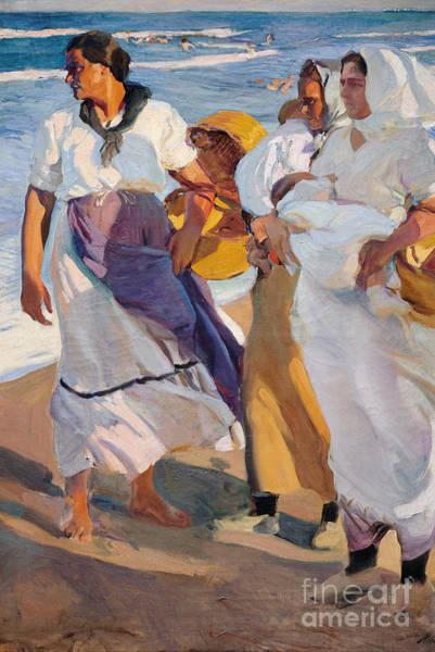 Beachy Painting - Valencian Fisherwomen, 1915 by Joaquin Sorolla y Bastida