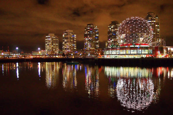 False Creek Wall Art - Photograph - Vancouver by Annhfhung