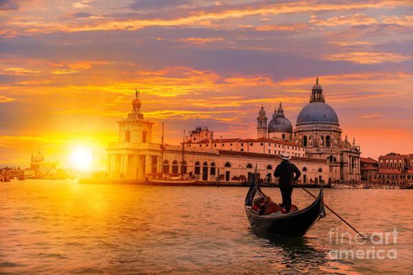 Wall Art - Photograph - Venetian Gondolier Punting Gondola by Muratart