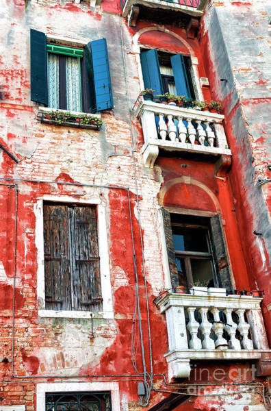 Photograph - Venezia Window Sizes by John Rizzuto