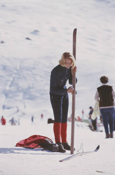 Full Length Photograph - Verbier Skier by Slim Aarons