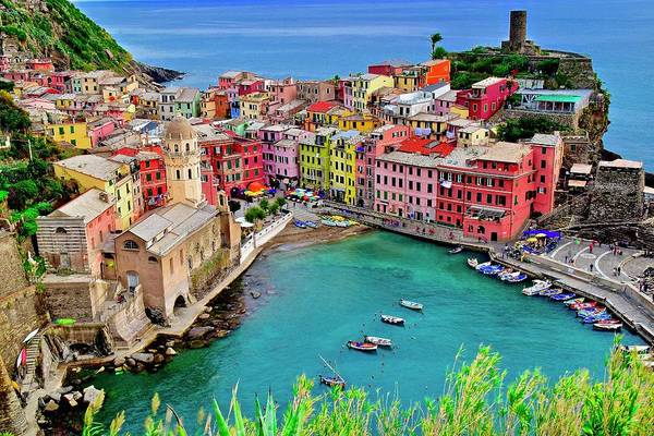 Townscape Wall Art - Photograph - Vernazza Alight by Frozen in Time Fine Art Photography