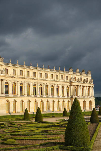 Photograph - Versailles 16 by Andrew Fare