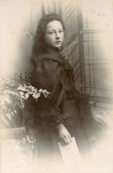 Painting - Victorian Cabinet Card Portrait 1850s - 1910s - 744a by Celestial Images