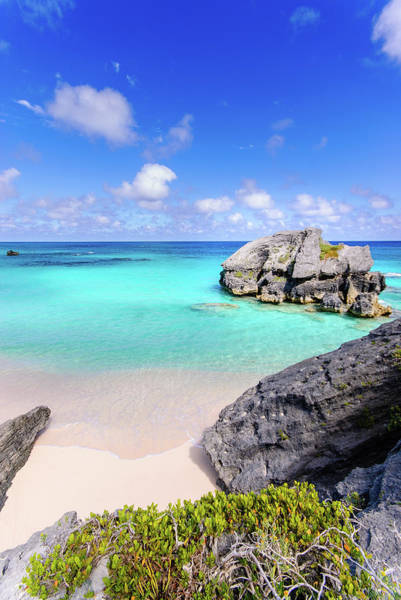 Bermuda Photograph - View Of Rock On Beach by Massimo Calmonte (www.massimocalmonte.it)