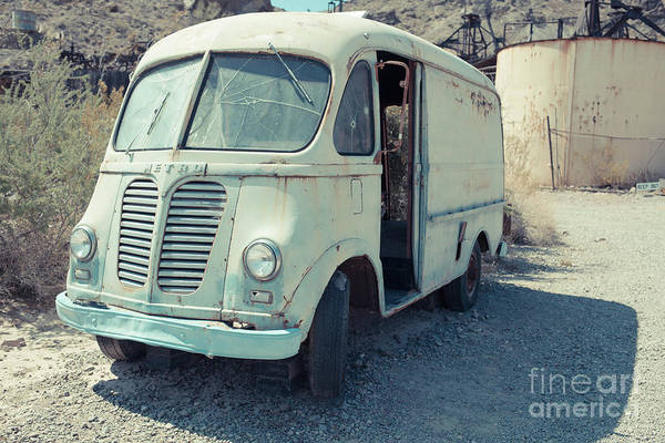 Wall Art - Photograph - Vintage International Harvester Metro Delivery Van by Edward Fielding