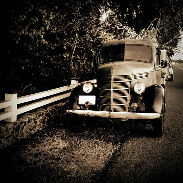 Small Town Usa Photograph - Vintage Truck by Thepalmer