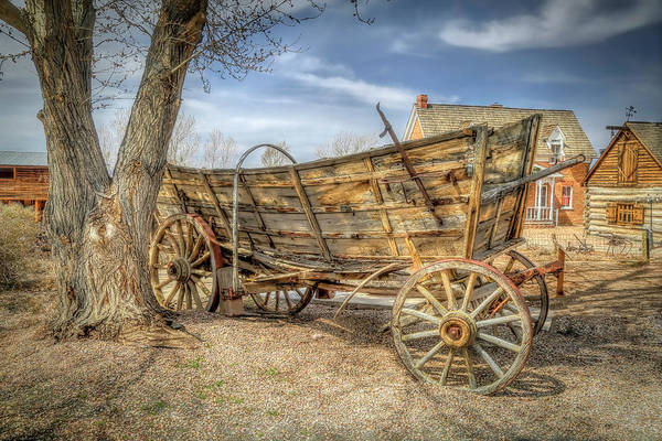 Wall Art - Photograph - Vintage Wagon by Donna Kennedy