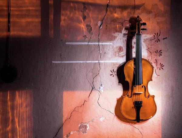 Chord Wall Art - Photograph - Violin On The Wall by Sanjeri